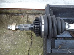 Vauxhall F20 hub end CV joint (Jibijib) Tags: hub drive 22 big 33 small f16 joint cv shaft gearbox vauxhall f20 f13 spline