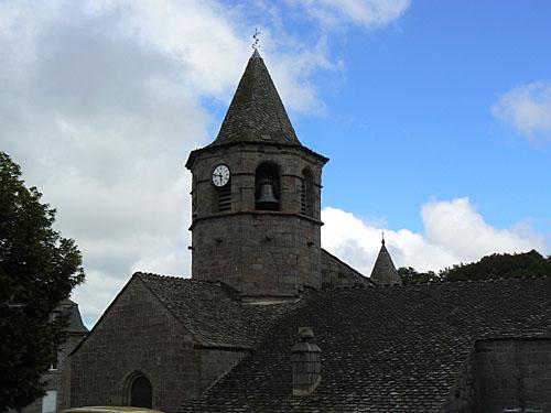 église de Nasbinals.jpg