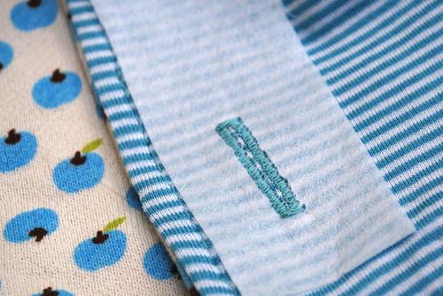 Knoopsgaten in tricot STAP 2A