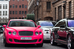 Luxury. (Alex Penfold) Tags: auto camera pink london cars alex sports car sport mobile canon photography spur eos flying photo cool flickr bright image awesome flash picture super spot harrods knightsbridge arabic exotic photograph arab spotted hyper supercar bentley spotting matte numberplate exotica sportscar qatar sportscars supercars penfold florecent spotter 2011 bentely hypercar 60d hypercars alexpenfold