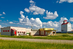 Corner Gas, Dog River, Saskatchewan, Canada (Christopher Brian's Photography) Tags: canada canadian tvshow prairie saskatchewan dogriver canonef2470mmf28lusm cornergas brentbutt youjackass theruby canoneos7d brentleroy oscarleroy cornergandtherub