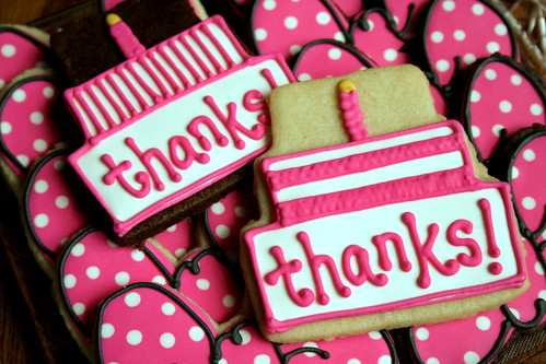 Minnie Mouse Thank-You cookies.