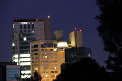 Country Club Skyline at Night (altmmar89) Tags: canon mexico hotel edificio jalisco hsbc gdl fiestaamericana arquitecturamoderna financialsector puntosaopaulo countryclubskyline