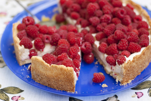 Vaarikakook mascarponekreemiga / Raspberry cake with mascarpone cream