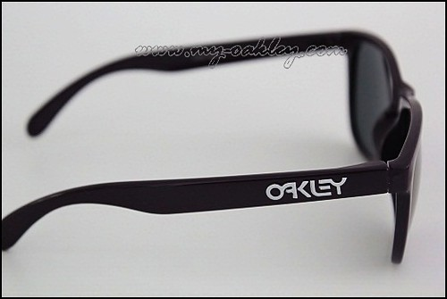 Are Oakleys Made In Usa
