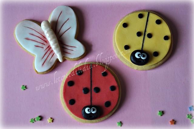 Biscotti decorati: Coccinelle e farfalle