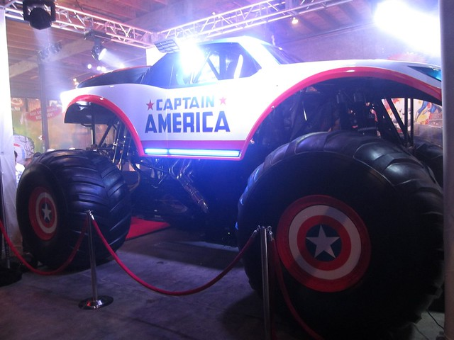 Captain America Monster Truck 2