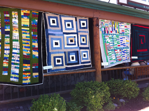 4 Gee's Bend quilts at the Stitchin' Post