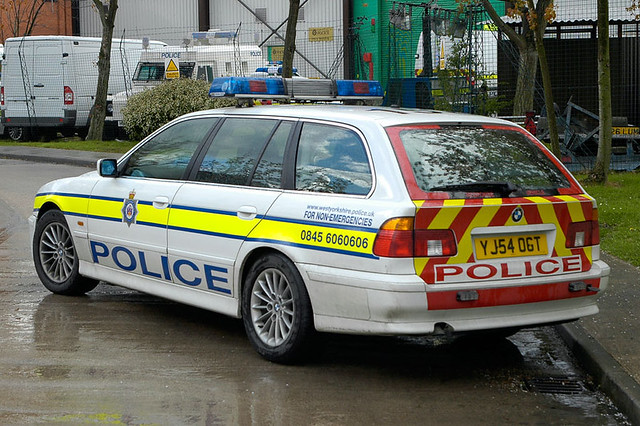 west car way motorway yorkshire police bmw motor 525 unit tourer imageall