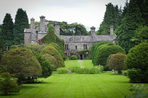 Gwydir Castle, Llanrwst by davidrobertsphotography