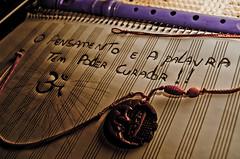(Pe - Os melhores perfumes nos piores frascos) Tags: amor musica om pensamento mensagem flauta palavra