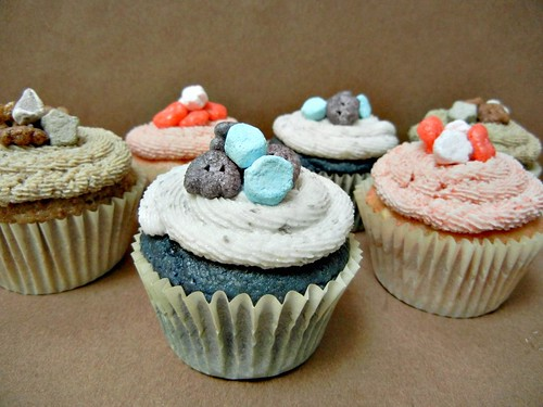 monster cereal cupcakes