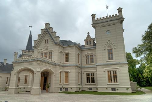 Nádasdy-kastély, főbejárat