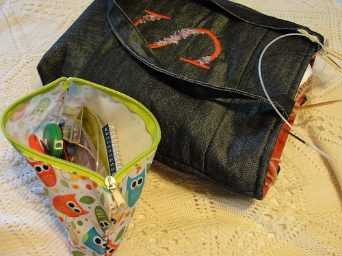 2011 Aug Knitting Bag