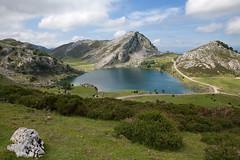 (Filipe Batista) Tags: light mountain luz clouds canon wideangle lagoon lagoa montanha 2470l nvens granit granito grandeangular 5dmkii filipebatista