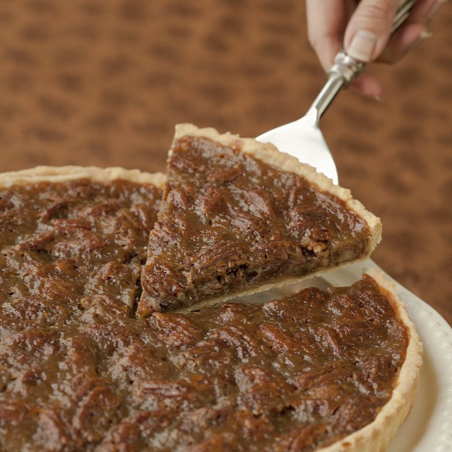 Maple Pecan Pie | Isa Chandra Moskowitz