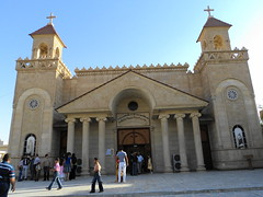 "Kathedrale der Chaldäischen Kirche in Kirkuk • <a style=""font-size:0.8em;"" href=""http://www.flickr.com/photos/65713616@N03/6034557133/"" target=""_blank"">View on Flickr</a>"