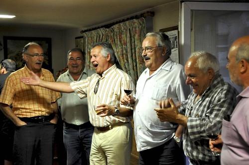 Teyo Pinilla cantando