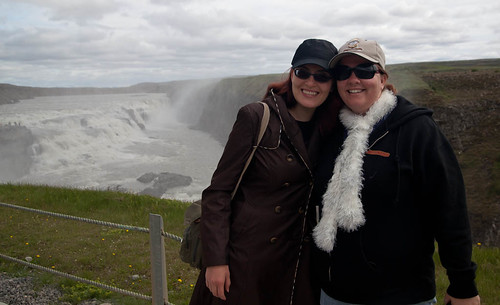 Amber and Noelle At Gullfoss