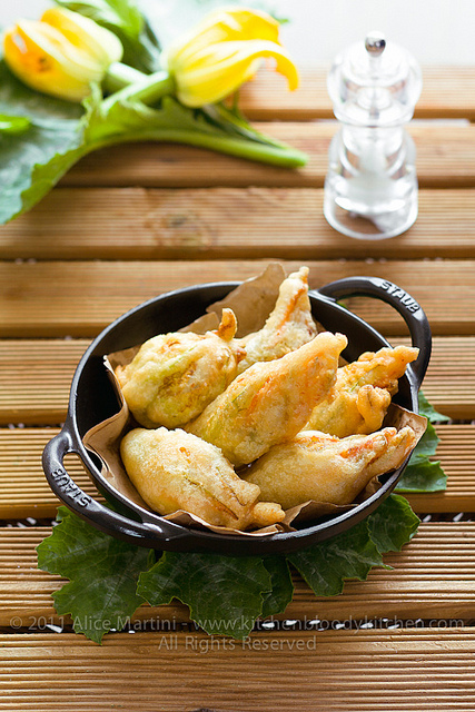 7 Kitchenbloodykitchen-Fried Zucchini Flowers Blossoms