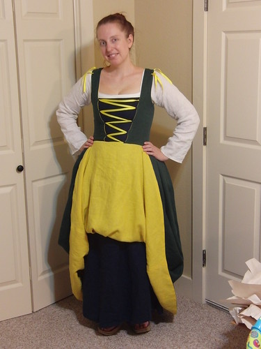 Flemish Dress - No Sleeves, Skirt Tucked Up