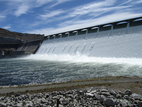 Grand Coulee Dam: powerful by teach.eagle