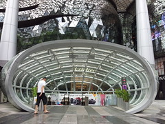 ION Orchard (Samsung Galaxy S2) Tags: singapore samsung orchard galaxy s2 ion sii samsunggalaxys2