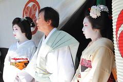 Maiko and Geiko came on the festival (Teruhide Tomori) Tags: travel festival japan kyoto traditional event maiko geiko     gionmatsuri         yamaboko ichiteru  ichitomo