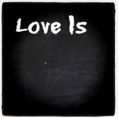 รัก...คือ.....?