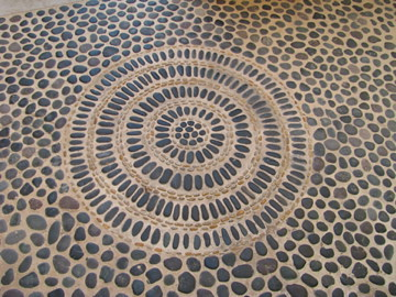 mexico grey pebble mosaic floor