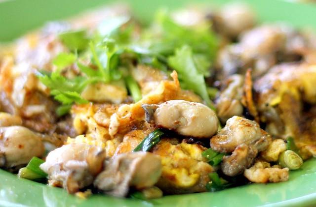 Ah Chuan Oyster Omelette