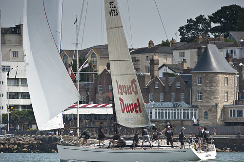 Samantaga, Swan 45 takes first place off the Royal Yacht Squadron Line ...