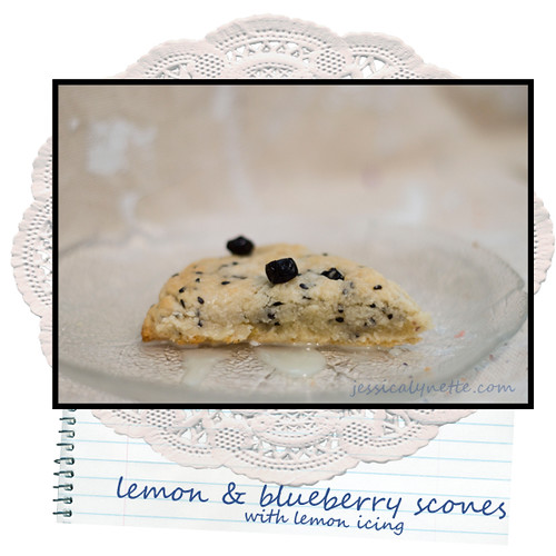 5964078259 ca33a6ffd1 Lemon Blueberry Scones   icing tip