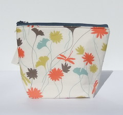 Insulated Little Lunch Bag (BonTonsGifts) Tags: autumn fall make up bag lunch dragonfly handmade australia sandwich purse snack etsy cloth stylish cosmetic ecofriendly insulated reusable madeit machinewash bontons