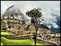 Machu Picchu - Clouds Clearing