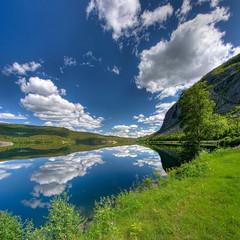 okolice Vang (Mariusz Petelicki) Tags: norway clouds norge hdr vang chmury norwegia vertorama