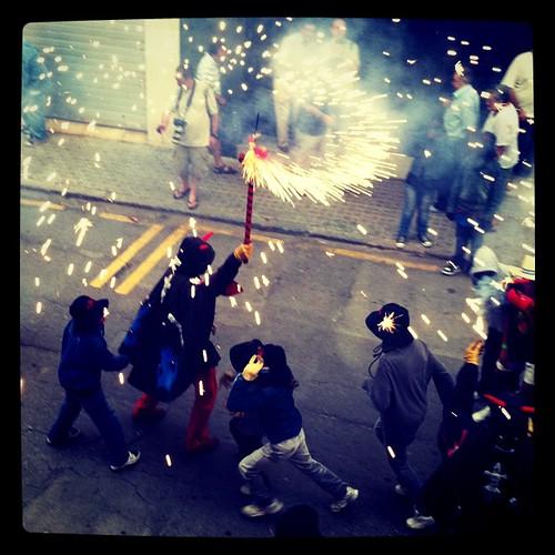 Diableses. Les Santes. Anem a tancar #lessantes #lessantes #correfoc