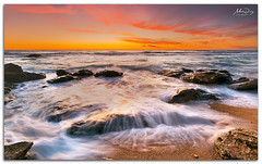 Turn off the tap (alonsodr) Tags: sunset beach atardecer andaluca seascapes sony playa filter reverse alpha cdiz alonso graduated roche conil inverso marinas carlzeiss filtro degradado nd8 a900 alonsodr gnd8 alonsodaz calasderoche alpha900 cz1635mm mygearandme