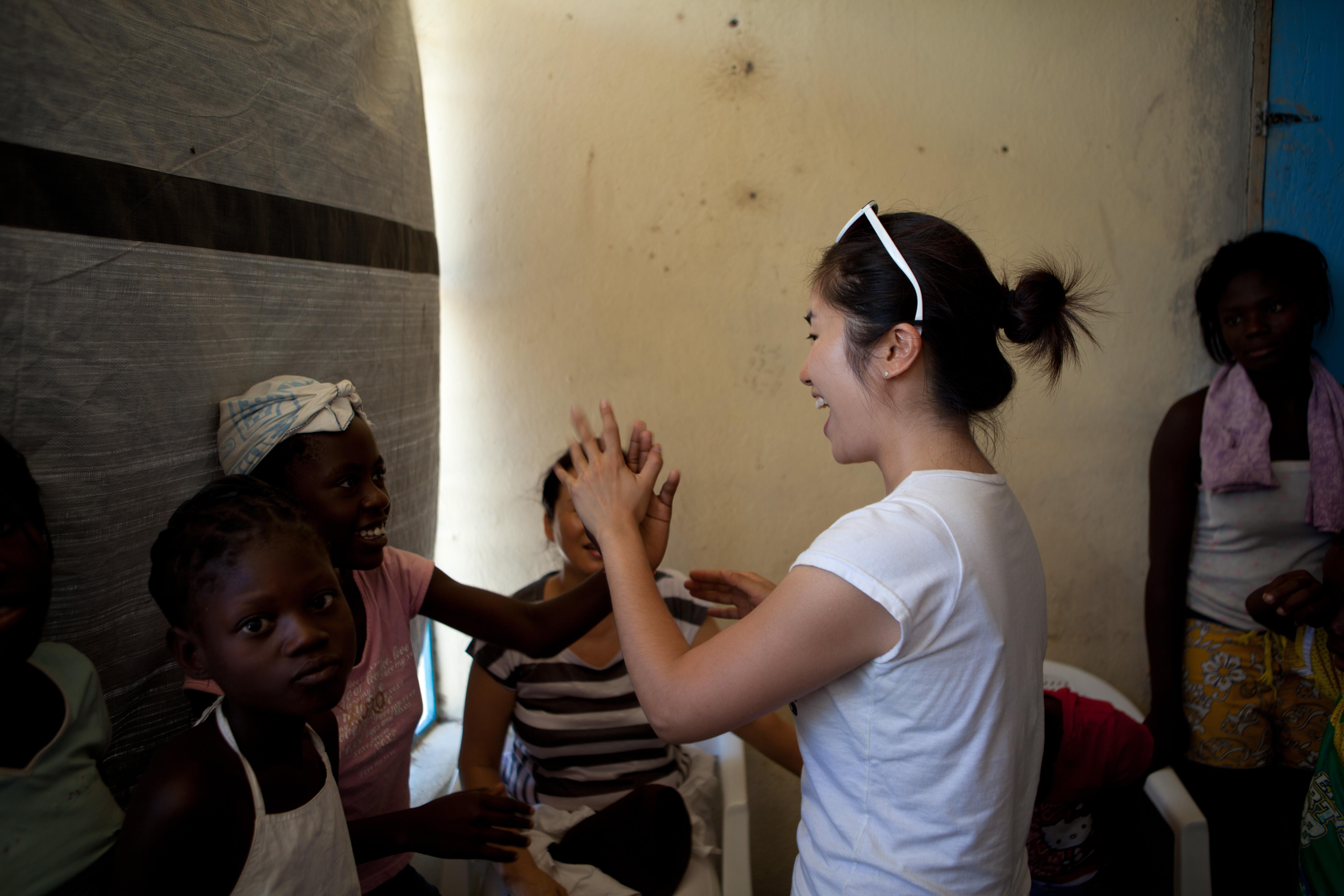 2011 아이티단기선교 어린이사역 (3)