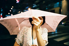 073001-54 ( Sean Marc Lee ) Tags:   taiwan taipei natura 1600 fuji klassew girl 35mm 135 tasya umbrella hide night