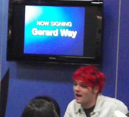 Gerard Way during his signing
