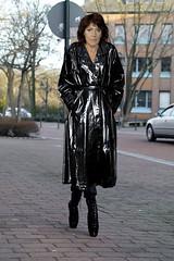 Ballet Shoe Walk (mallorcarain) Tags: fetish nice boots vinyl streetshots raincoat pvc bottes fakes stiefel raincape regenmantel ciré lackmantel imperméables