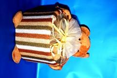 الدب الطيب - علبه (ChoCakeQatar) Tags: ميلاد كيك ولادة محل قرقيعان حلويات قرنقعوه أفراح كافي توزيعات شوكولا أعراس أعياد ولاده موالح شوكولات حفلا