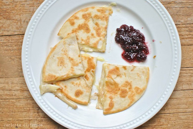 quesadilla with jam
