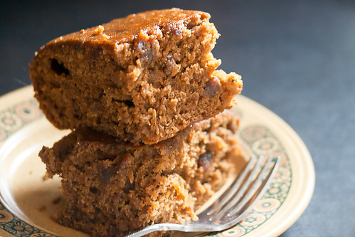 Sticky Gingerbread with Dates