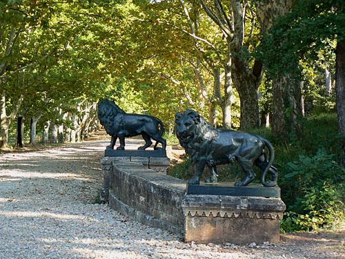 les lions du château d'Astros.jpg