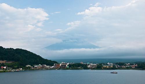 若隱若現的富士山