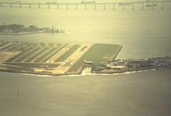 Santos Dumont (P.G. Wijtsma) Tags: brazil brasil airport aeroporto sugarloaf pãodeaçúcar takeoff electra santosdumont varig sdu sbrj