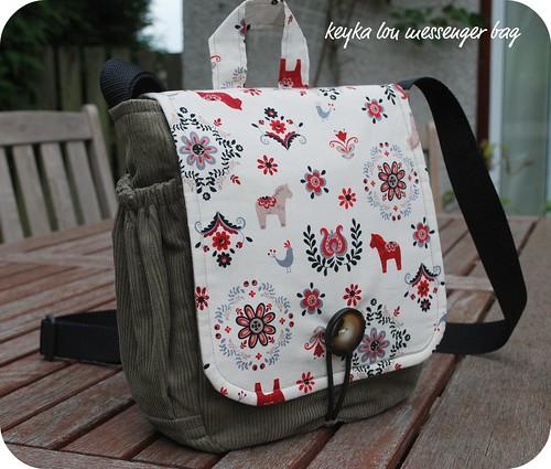 1dfcfd633003 Sew Quine  messenger bag