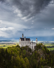 Neuschwanstein Castle (PeterJot) Tags: sky castle clouds germany bayern bavaria blog neuschwanstein schloss hdr
